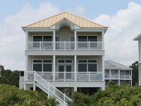 Beachfront, Private Pool, July 26 - Aug 2 for FALL Rate!