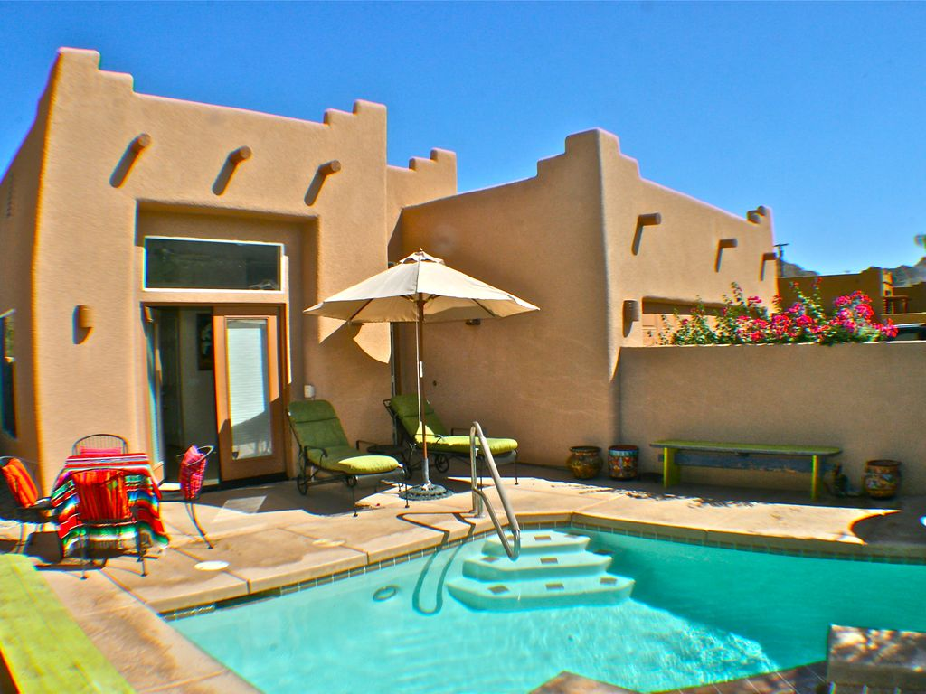 Santa fe style home with southwestern decoration vrbo for Santa fe style homes