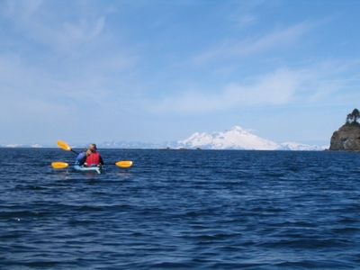 Kayaking Yukon Island in Homer