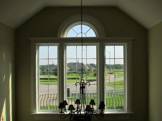 Looking towards the lake, a quiet cul-de-sac. - Houston house vacation rental photo