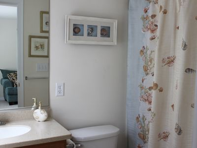 North Wildwood townhome rental - bathroom