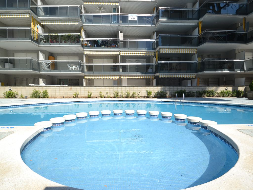 Swimming Pool Air Conditioning : Apartment with air conditioning and homeaway salou