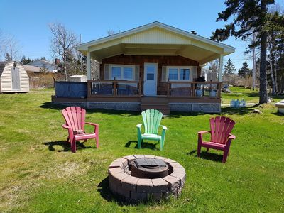 Lawrencetown Lakefront Cottage for Weekly Rental by Owner