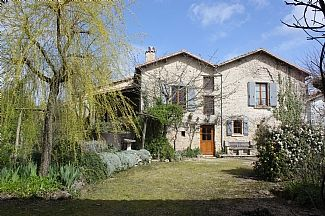 Stunning House In Historic Medieval Village Large Gardens,Private Pool