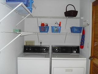 Winter Haven townhome photo - Laundry