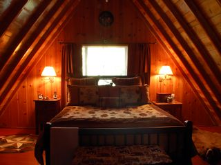 Lake Arrowhead cabin photo - Master Bedroom King Bed HDTV & DVD & Stereo Master Bath Romantic Getaway