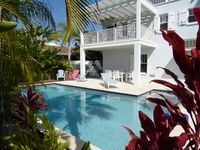 Beautiful 4-BR, Very Close to Gulf Beach, Large Heated Pool