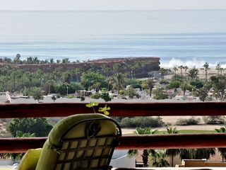 San Jose del Cabo condo photo - Plenty of lounging areas with panoramic views, day bed, chaises, crashing waves