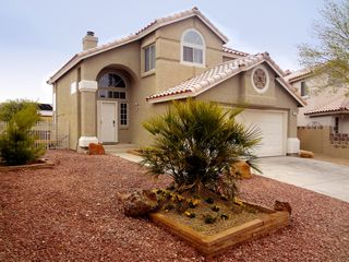 Las Vegas house rental - Quiet & private neighborhood, south of the strip only 5 miles from the MGM.
