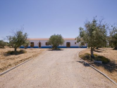 Casa das Oliveiras with a rustic house