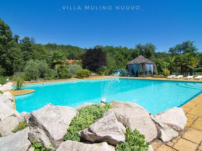 New Mill Villa with pool and private park