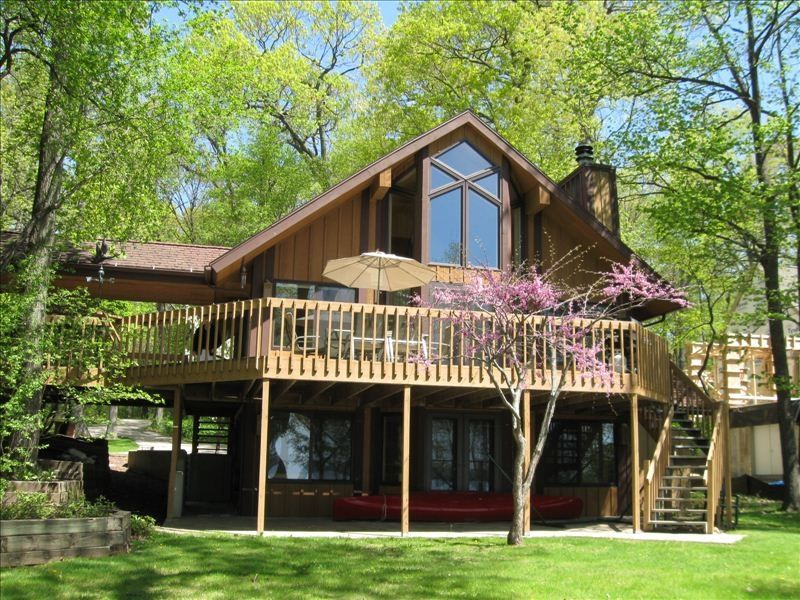 Luxurious Lake Front Cottage On Beautiful Vrbo