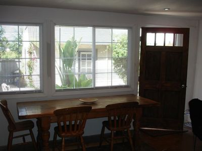 Berkeley cottage rental - Front interior view