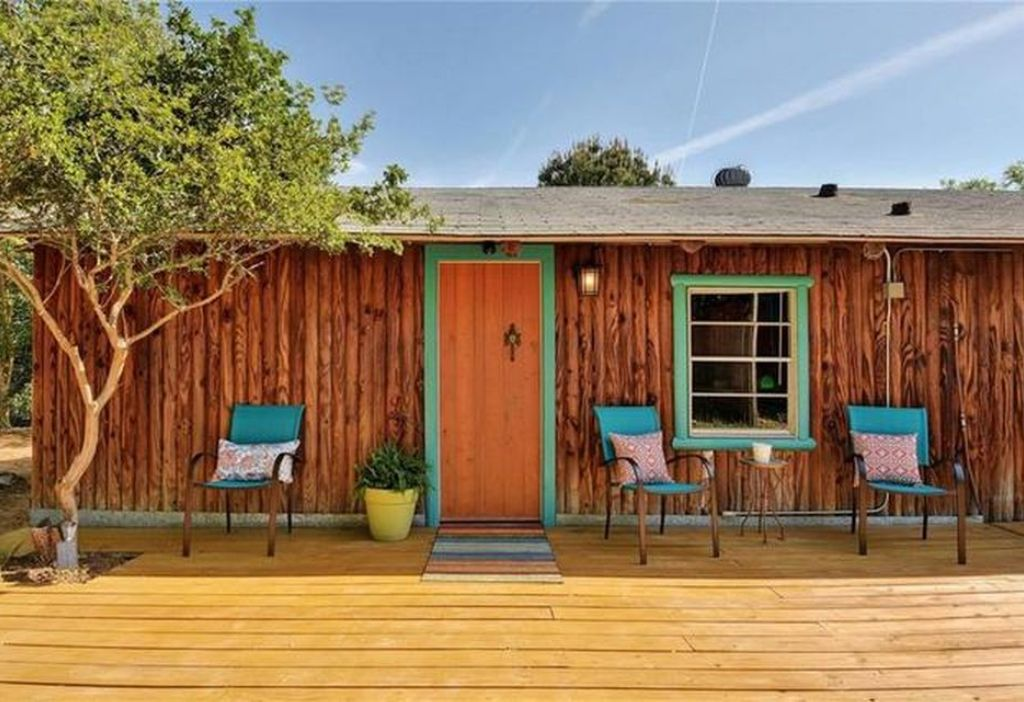 Hillcountry Getaway: Tucked Away but Still Close to ATX/SXSW