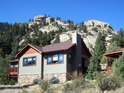 Lumpy Ridge Retreat in a spectacular setting!