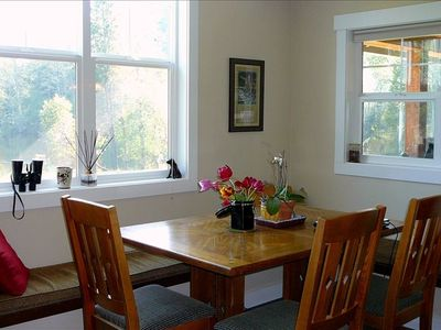 The Breakfast nook looks out at the lake too.
