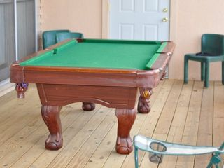 Blue Ridge cabin photo - Full-size pool table