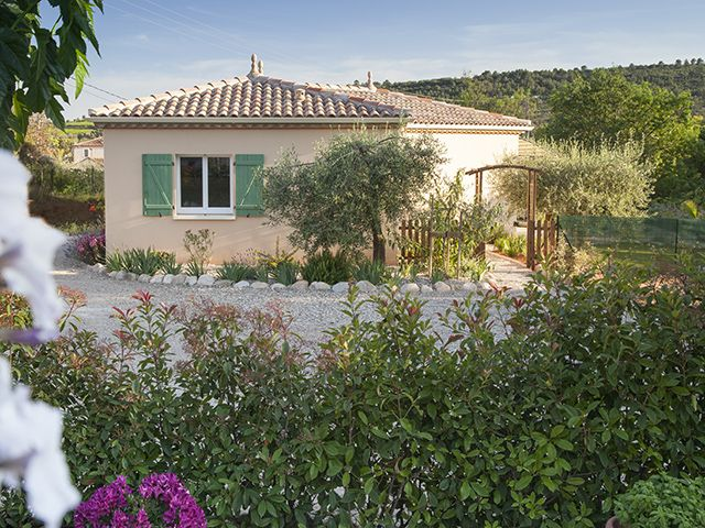 Fully Air-conditioned with private garden, secure parking & shared pool