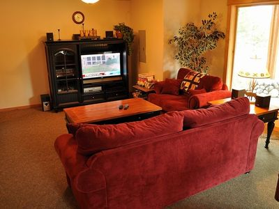 Lake Cle Elum house rental - Couch Area in Rec Room - Couches, Flatscreen TV, Cable/DVD in the downstairs Rec Room.