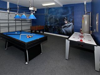 Tuscan Hills villa photo - Batman themed game room
