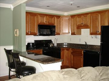 Gilford condo rental - Complete kitchen with breakfast bar