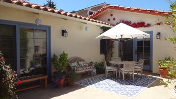 San Luis Obispo bungalow rental - Private courtyard