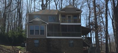 On Lake Time, 3 Bedroom, 3 Bath Recently Updated Home at Pickwick Lake
