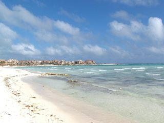 Puerto Aventuras condo photo - Chac-Hal-Al complex facing the Caribbean Sea