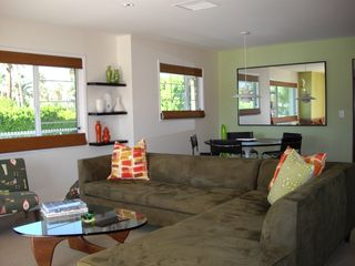 Palm Springs condo photo - Living area with dining table in background
