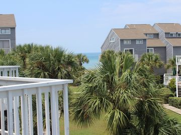 Gulfview, 2 BR/2.5 BA, WI-FI, DOG FRIENDLY, GREAT LOCATION