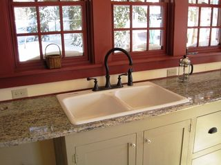 Stowe house photo - Granite Counter In Kitchen