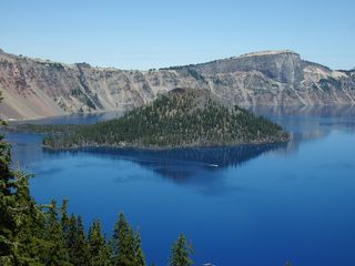 Lake of the Woods cabin photo - Crater Lake 60 minutes away