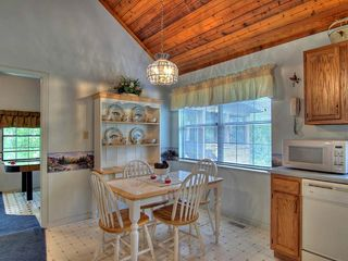 Pigeon Forge cabin photo - Dine in Style in this beautiful kitchen