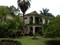 Beautiful Country Setting Just 8 Minutes to Negril