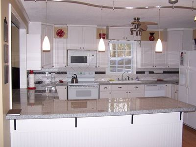Well equipped, open and roomy kitchen. All new appliances!