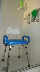 Hampton Lakes villa photo - Shower chair & grab bars in downstairs en-suite