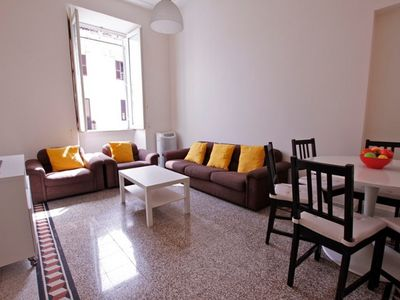 120sqmt, 3 Bedrooms 2 Bathrooms for 7 guests in Rome near Vatican