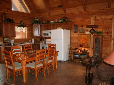 Branson cabin rental - Fully Equipped Kitchen