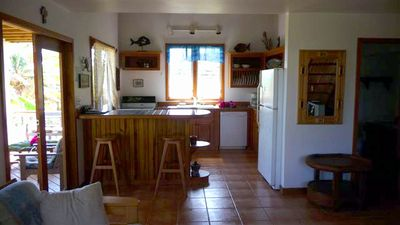 Roatan villa rental - Kitchen