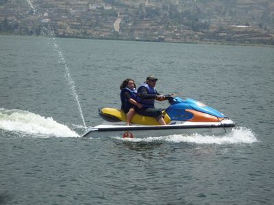 Jet skiing at el Lago San Pablo… and more!
