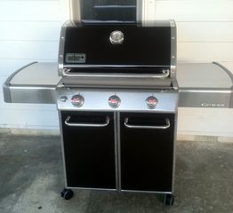 Emerald Isle cottage photo - Grill oceanside with our new Weber Grill !
