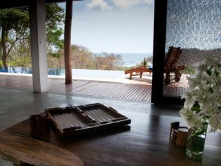 San Juan del Sur villa photo - Sliding doors allow the outside in