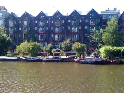 Old Center apartment rental - Canal side of the apartment