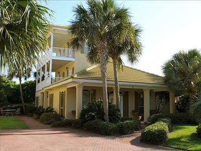 4BR/3.5BA (3 King!) 125  yards to PRIVATE BEACH!