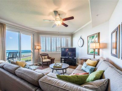 Magnificent Gulf View from Living Room & Both Bedrooms & Daily Beach Service!!