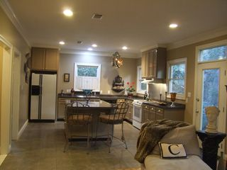 Mobile house photo - kitchen with center bar