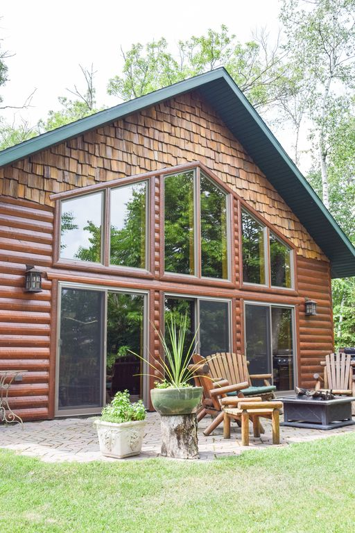 Custom Vacation Home On Scenic Lake Near Mille Lacs
