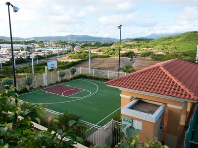 Fajardo apartment rental - Basketball Court