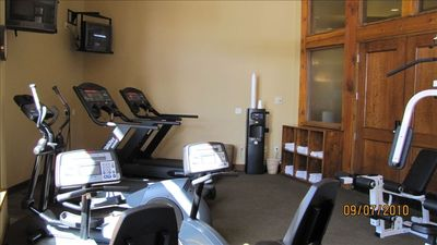 Sundial Fitness Room Located Near Main Lobby Area