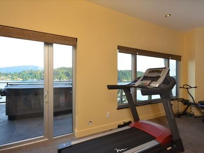 Gym with infrared sauna; outdoor hot-tub and Keats Island beyond.